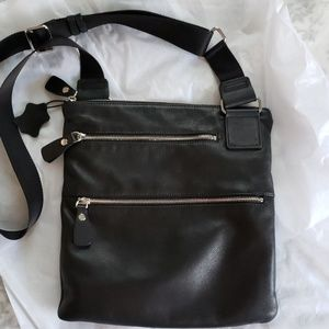 Margot cross body leather bag